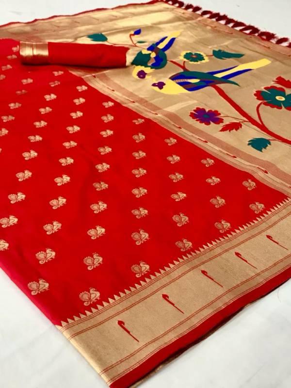 Splendid Munia Paithani Soft Silk with Parrot Pallu Weaving Silk Sarees Collection